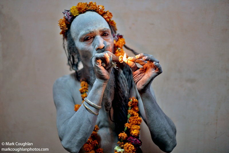 Kumb, kumbh, kumbhmela, haridwar, hardiwar, mela, festival, sadhus, sadhu, holy, shiva, shivaratri, ganges, smoking, saddhu, sadhu, allahabad, getty, lonely planet, photography, photographer, images, tpoty