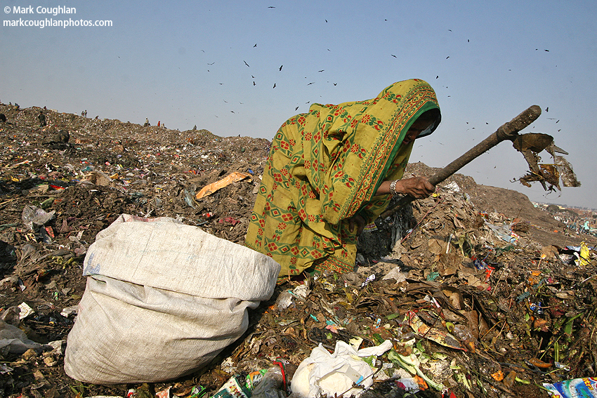 India, newdelhi, delhi, dump, poverty, children, girl, rubbish, ngo, charity, rag, pickers, ragpickers, collectors, poor, savethechildren, nepal, kathmandu, bangladesh, indian, family, kids, living, rags, tip, salvaging, rupees, documentary, journalist, exhibition, projectIndia, newdelhi, delhi, dump, poverty, children, girl, rubbish, ngo, charity, rag, pickers, ragpickers, collectors, poor, savethechildren, nepal, kathmandu, bangladesh, indian, family, kids, living, rags, tip, salvaging, rupees, documentary, journalist, exhibition, project